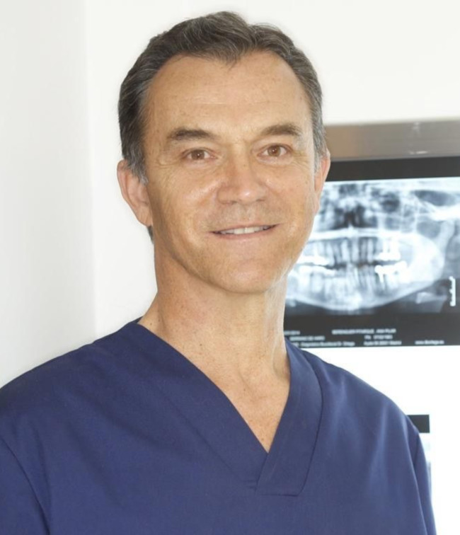 Luis Calatrava, Dr.